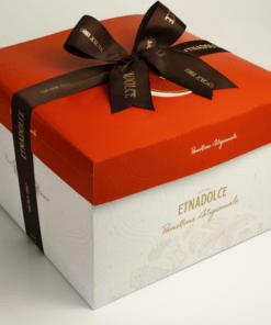 Panettone sinasappel chocolade