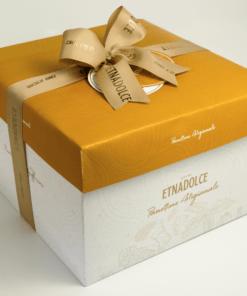 caramel zeezout panettone